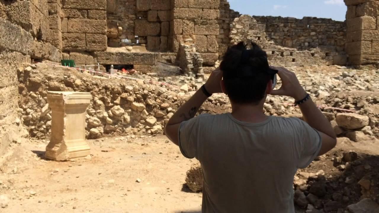 vr situs kuno