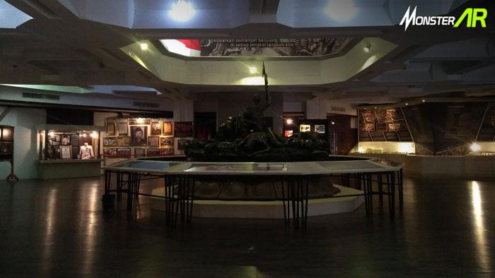 museum hologram surabaya