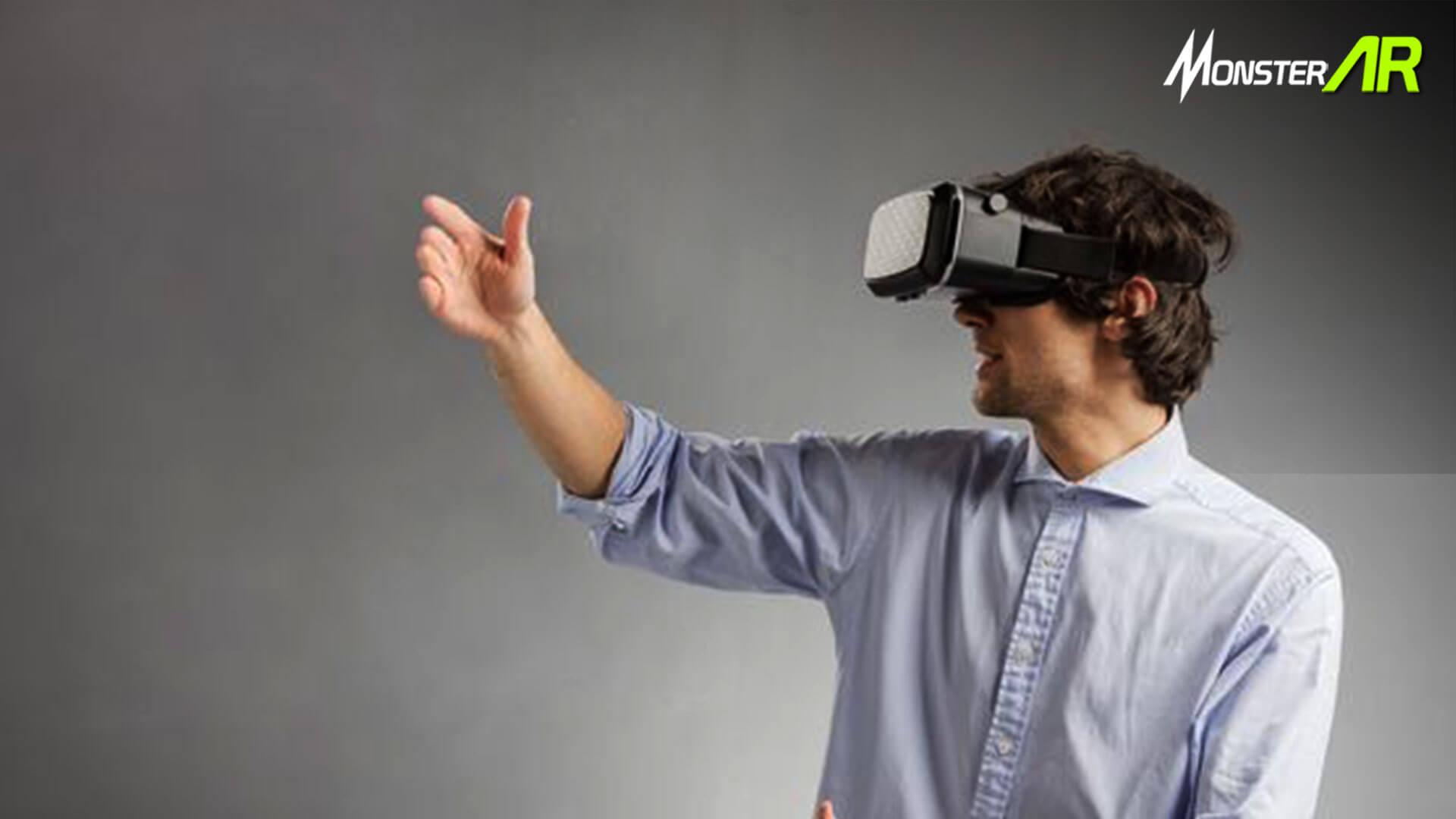 Mitos AR dan VR